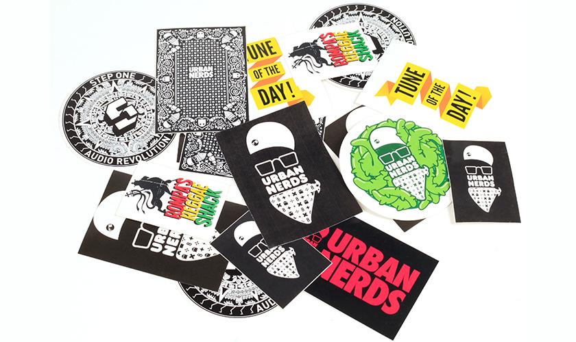 7 Important Benefits of Custom Sticker Printing