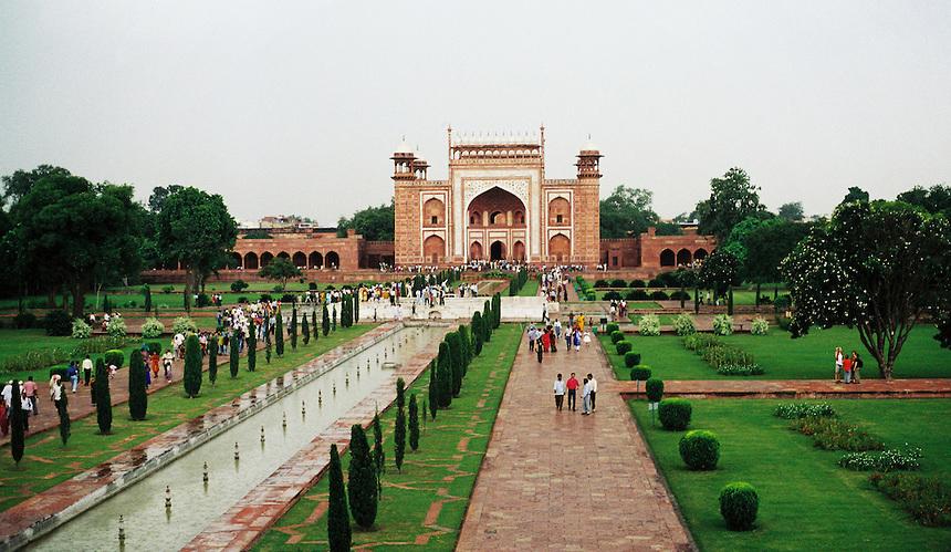 Taj Mahal Entrance Sunrise Taj mahal day tour from delhi by car 2019