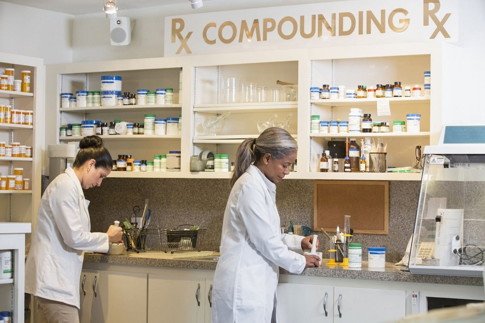 Things to Consider when Choosing the Right Compounding Pharmacy
