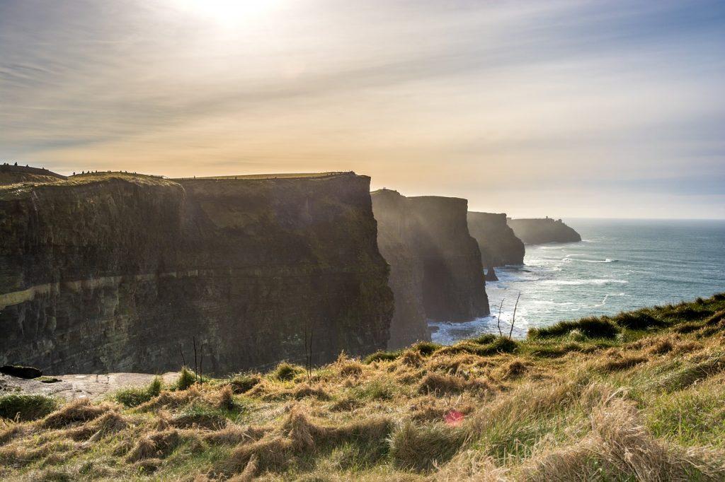 cliffs of moher 2551590 1280