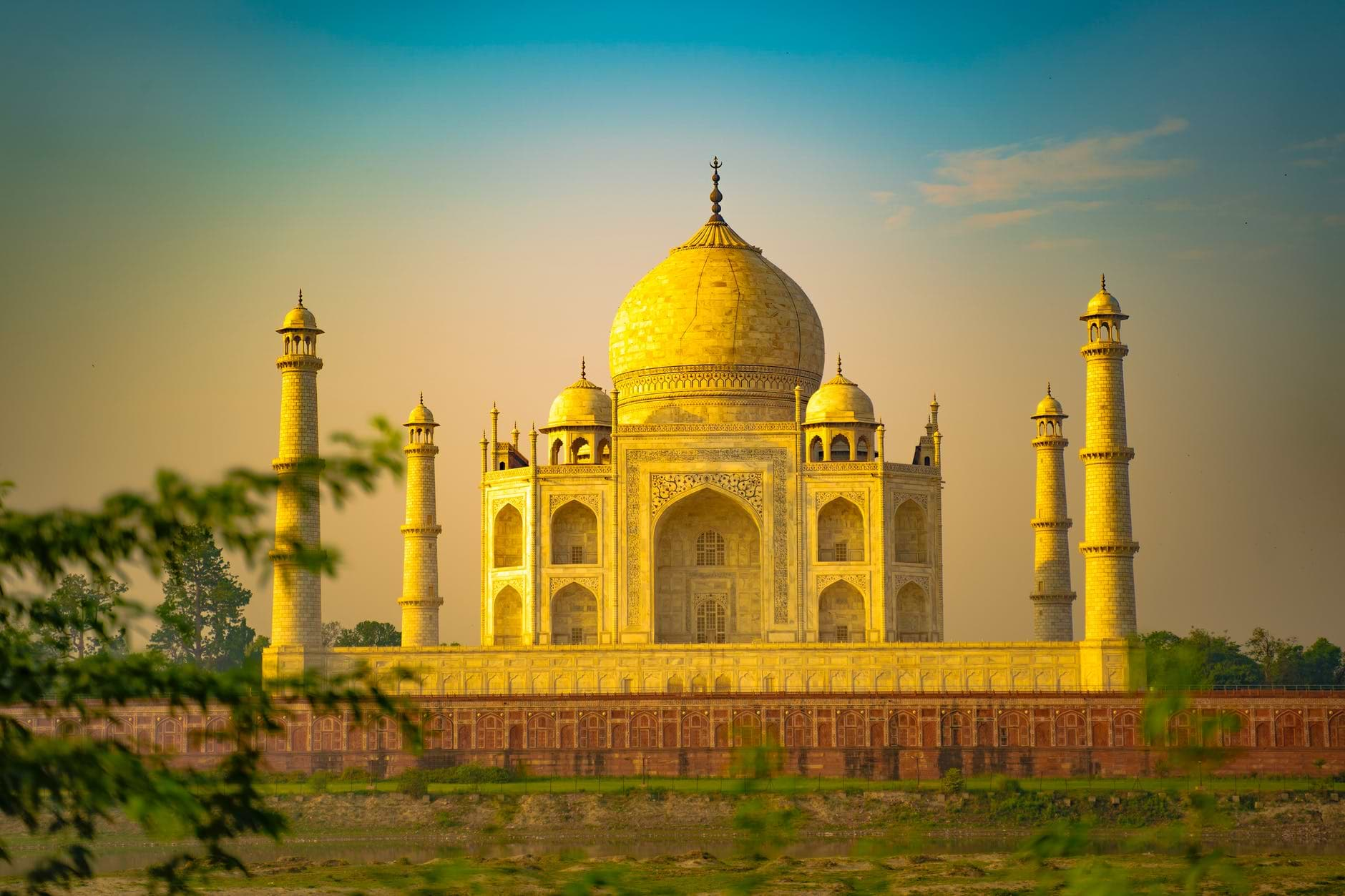 Places must to be visited near Delhi