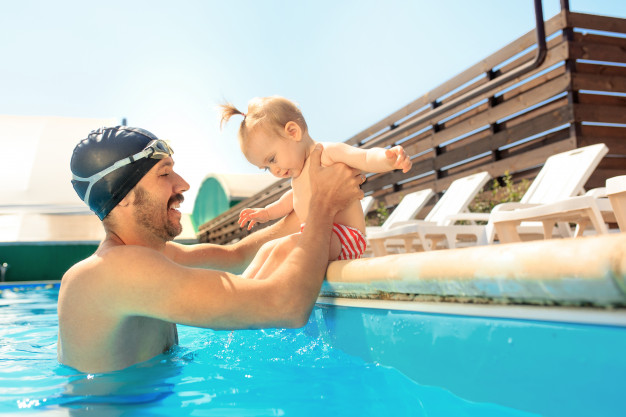 Top 6 Tips to Keep in Mind Before Taking Your Baby for Swimming