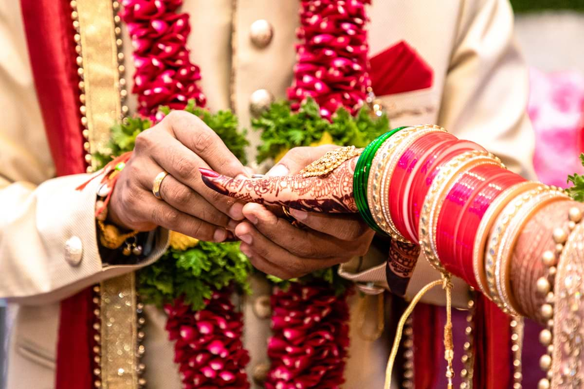 What are the Pros & Cons of Wedding Loans?