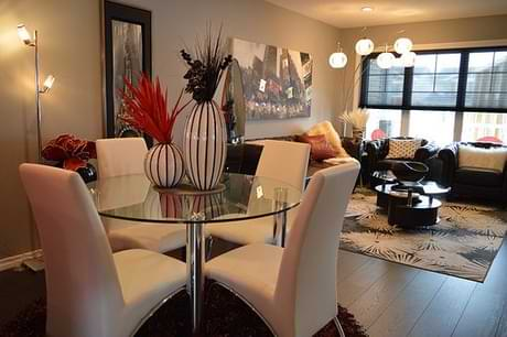 Why is it Important to Focus on Lighting When Decorating Your Home?
