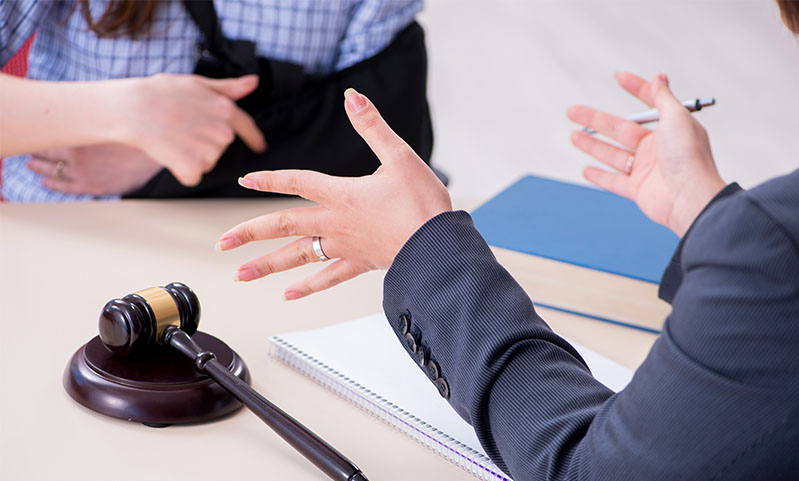 5 Signs You Need to Hire a Personal Injury Lawyer ASAP